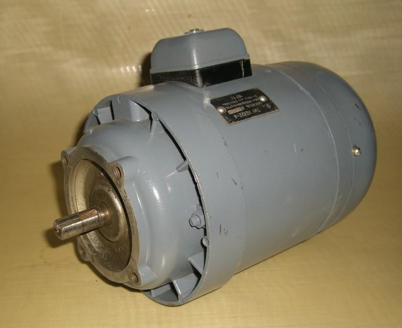 электродвигателя АОЛ 22-4.